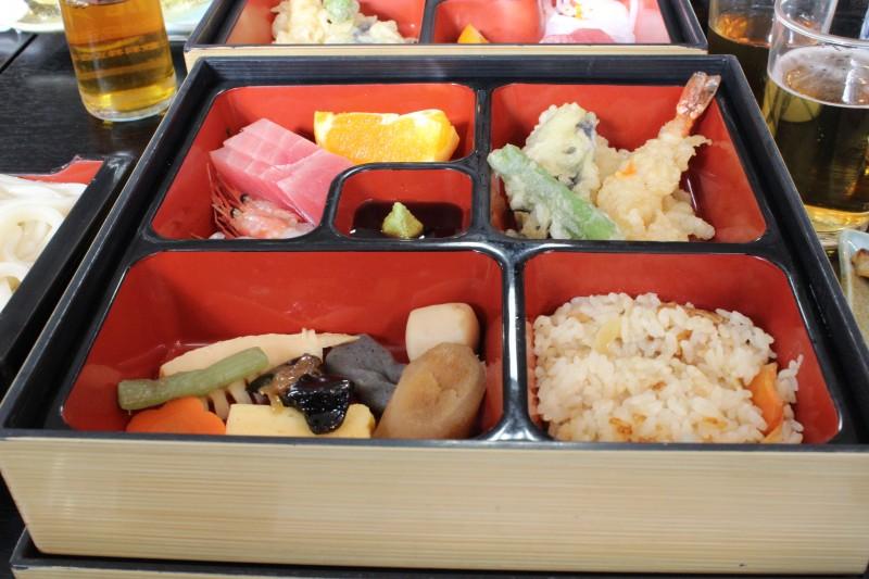 東京浅草 お参りと昼食と観光