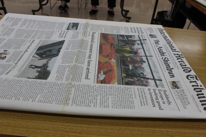 新聞紙で紙袋を作ろう講習会