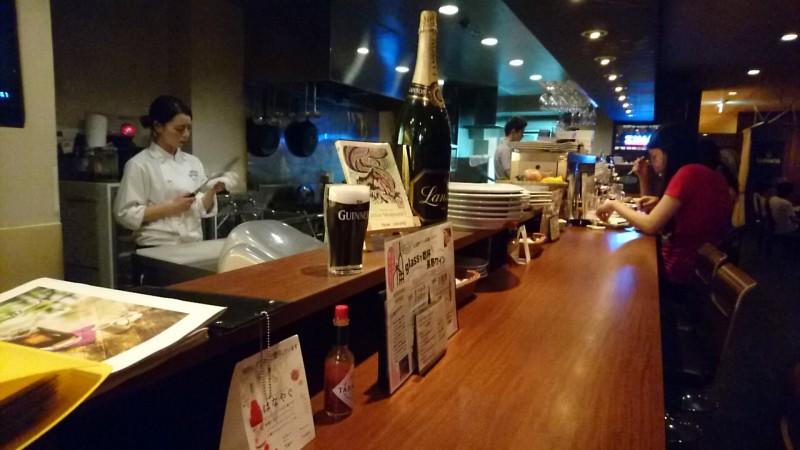 シロッコ (Scirocco) おしゃれなワインと料理