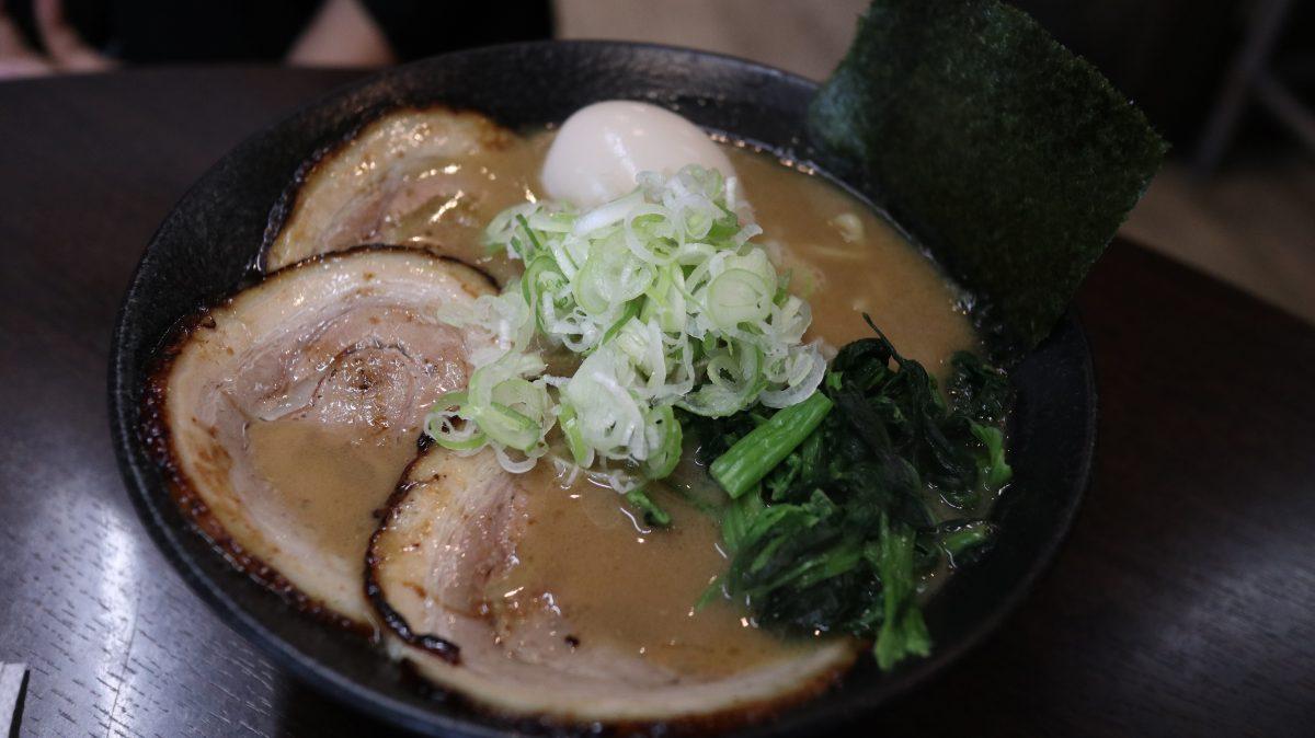 佐久で美味しいこってりラーメン求めて 麺匠 文麺さんきました